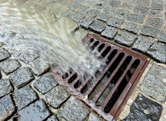 Regenwasserbehandlung Adobestock 20453142 330x240